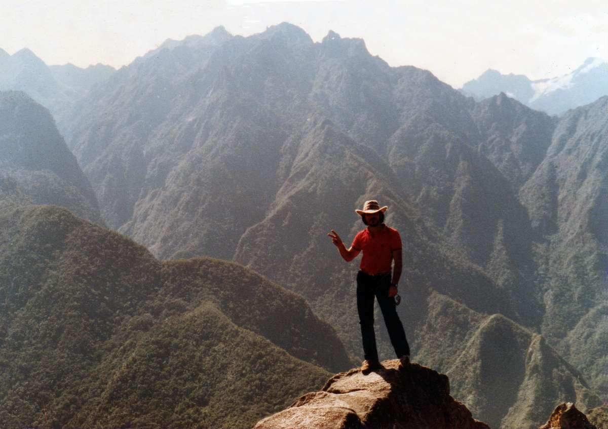 En la cumbre del Huayna Picchu - Cuzco - Perú